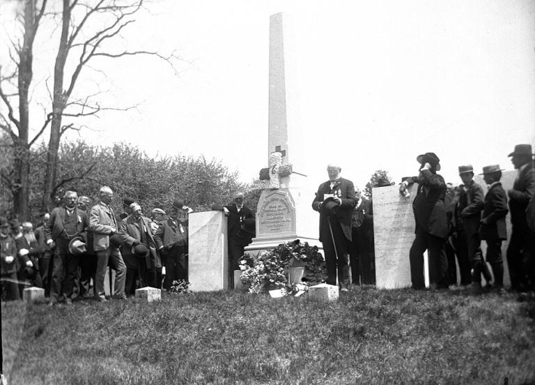 Memorial Day 1900